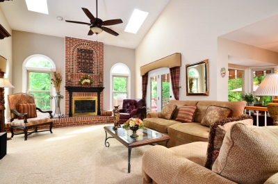How to stage your listings for real estate photography - family room